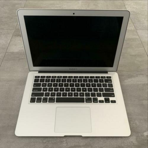 MacBook Air 13 1.6GHz i5 4GB RAM 128GB SSD 1 jaar GARANTIE